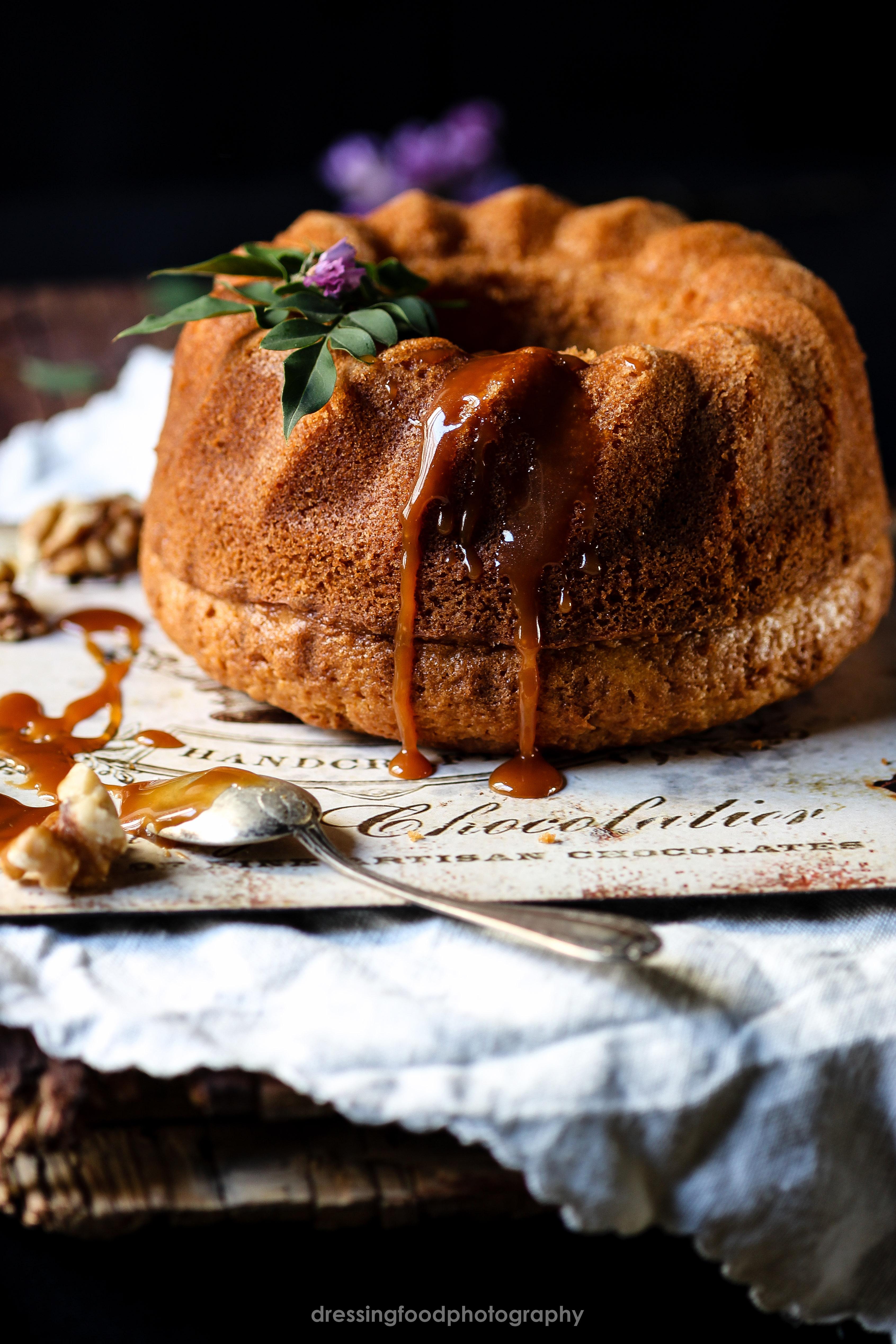 BUNDT CAKE CON CARAMELO