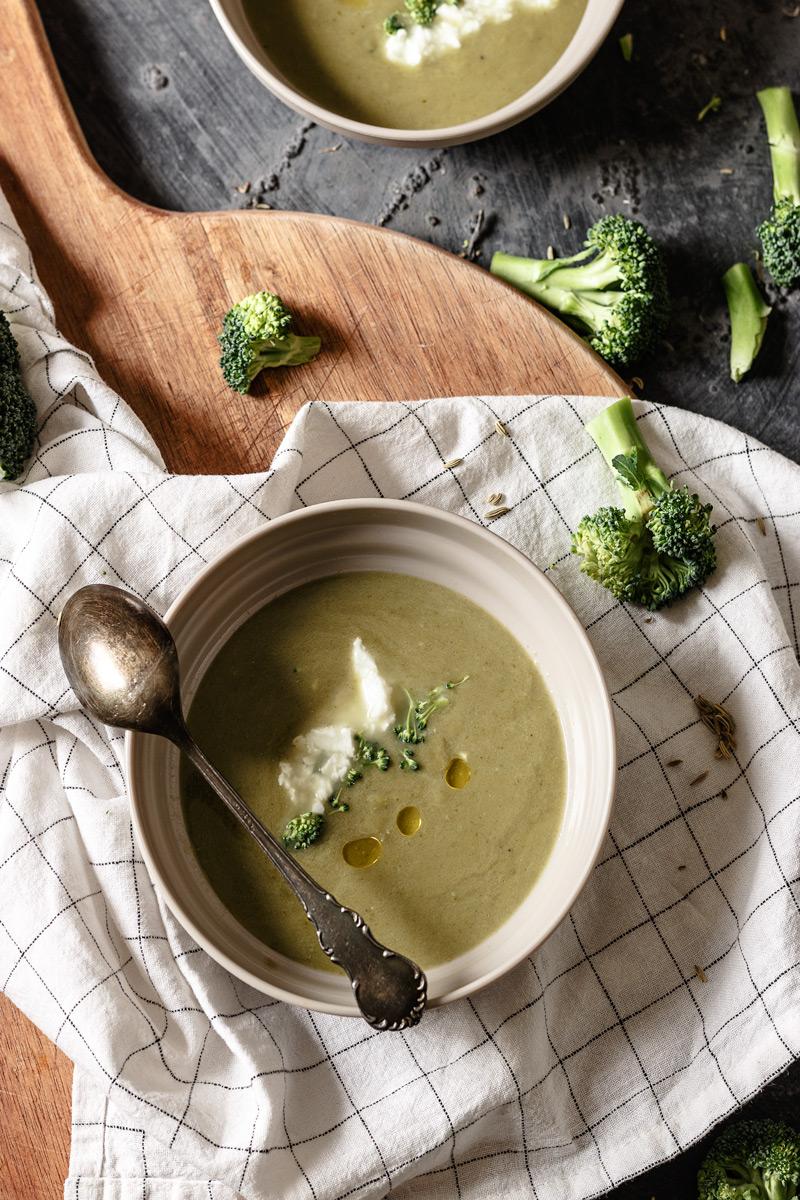 Crema de brócoli fácil paso a paso