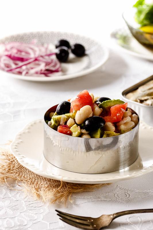 Ensalada de alubias y hortalizas de temporada