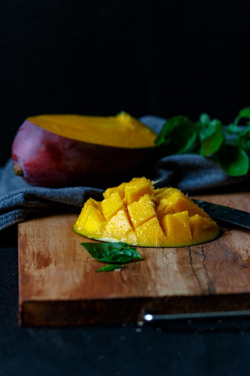 Mango. Ingrediente principal mousse mango