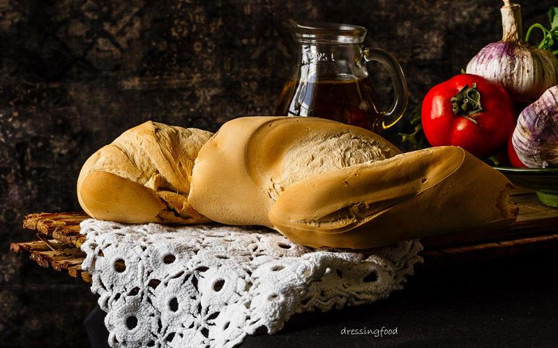 Pan candeal para salmorejo cordobés