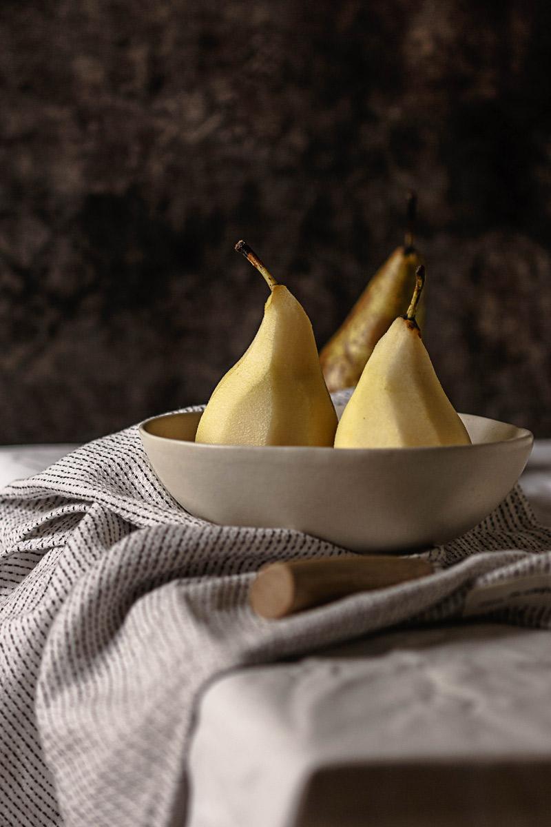 Receta de crepes rellenos de pera y requesón