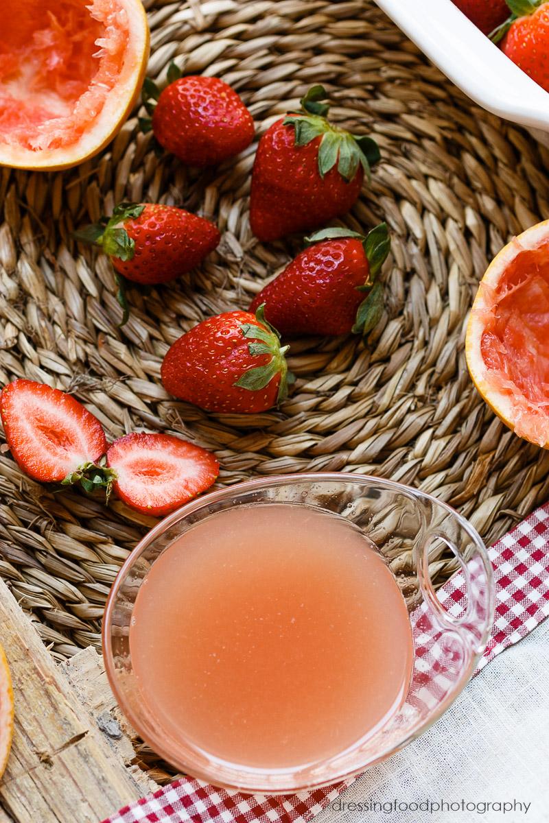 Ingredientes frescos receta fresas a la pimienta