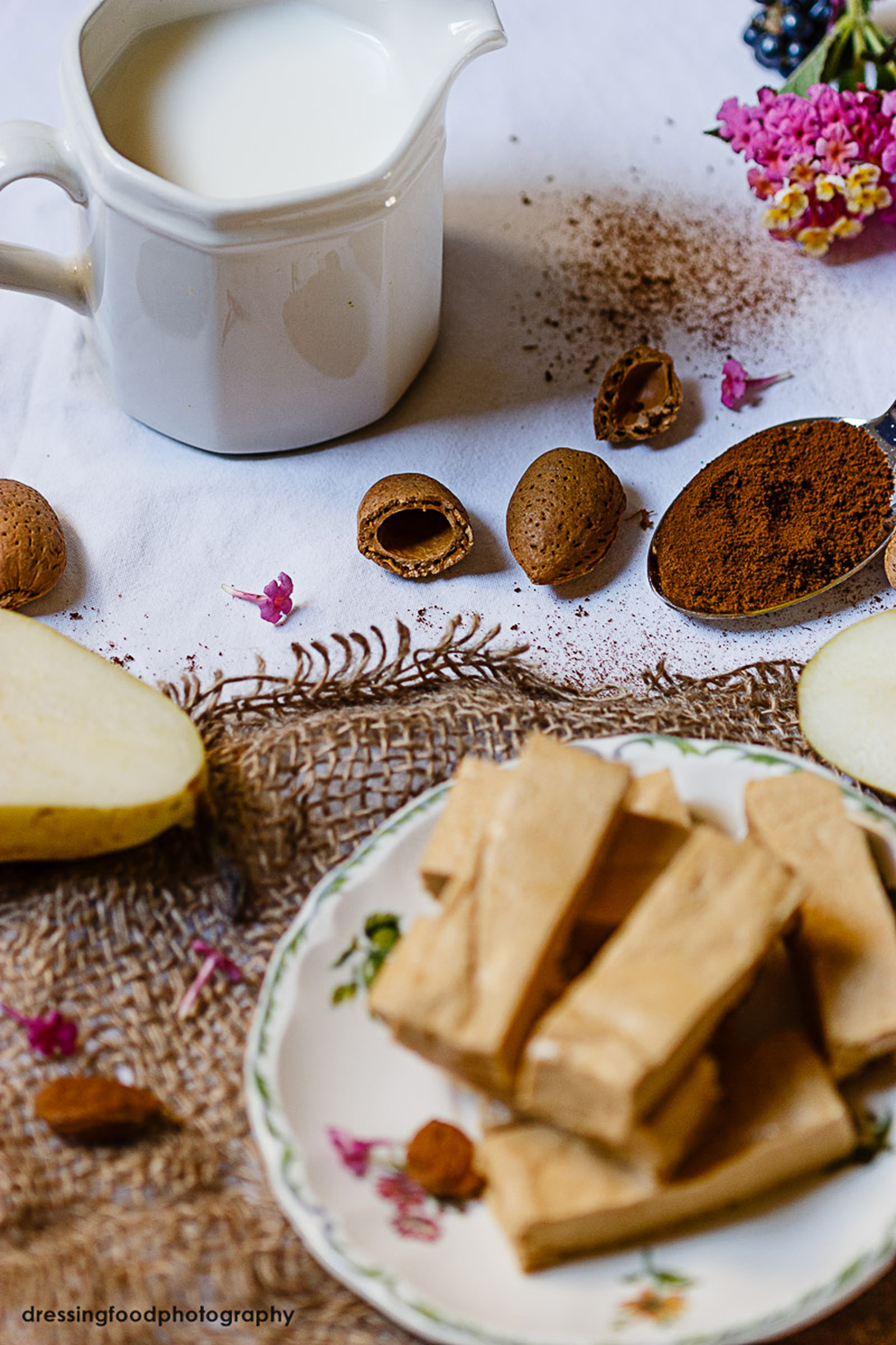 Receta de cafe capuccino con turron y pera