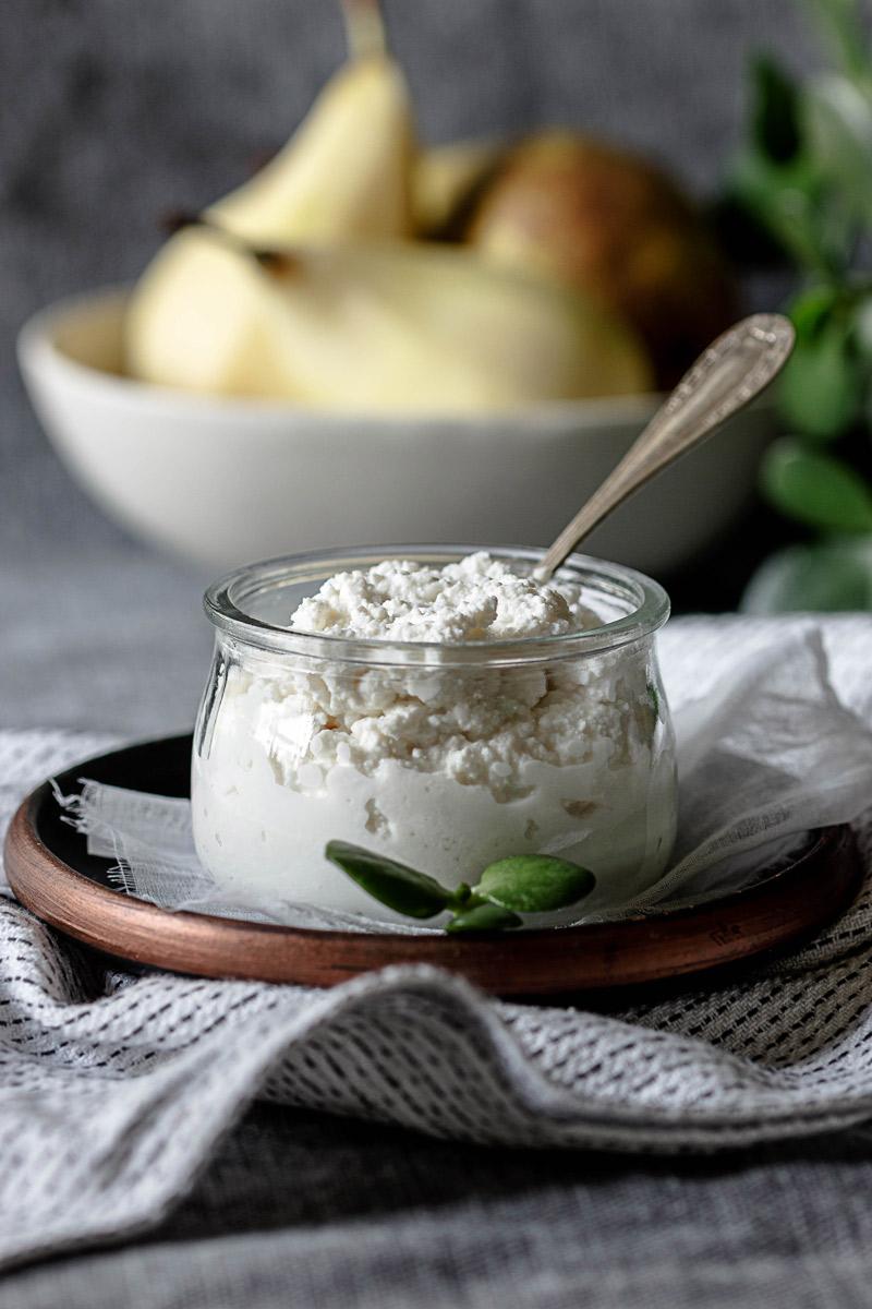 Receta crepes rellenas de pera y requesón