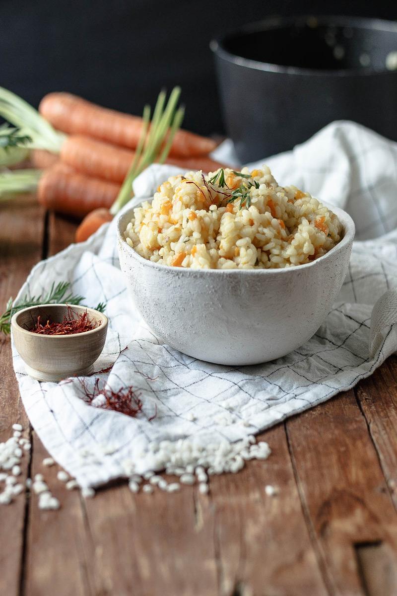 Risotto fácil de zanahoria y azafrán
